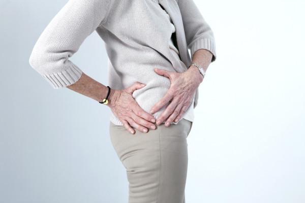 debutul durerii în articulația șoldului pentru durerea articulației cotului care ajută