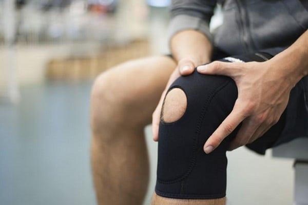 cum pot ameliora recenziile durerii la genunchi