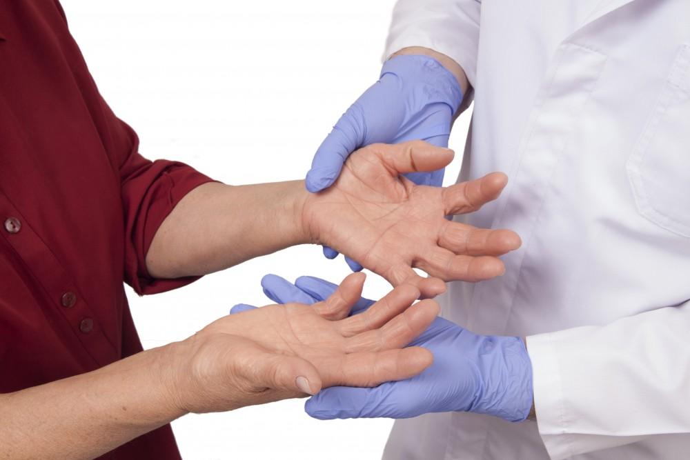 examen comun pentru artrita reumatoidă degetul doare în articulație