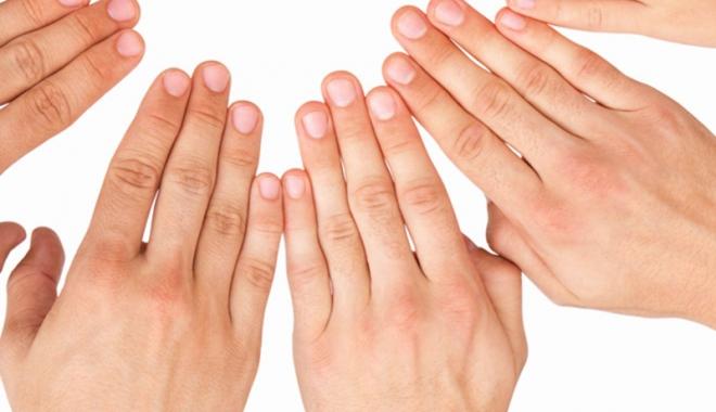 durerea articulară a cotului crampe mâinile terapie cu laser pentru artroză