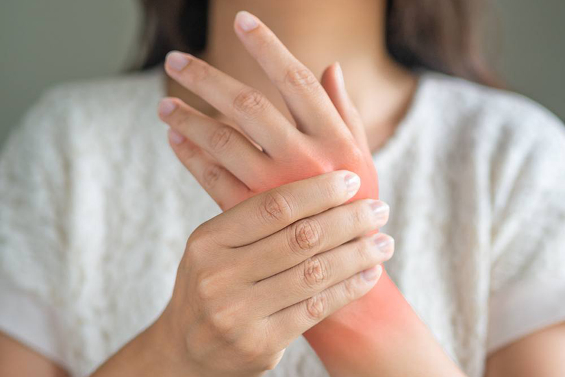artrita simptomele articulațiilor încheieturii tratamentul solidol articular