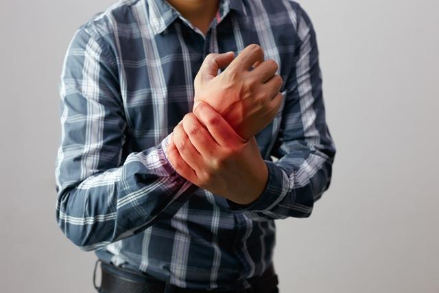lasă-le să spună dureri articulare