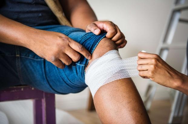 dureri de genunchi cu febră